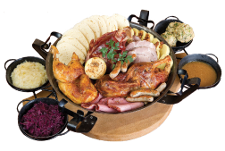 Saint Wenceslas Feast(3 000 g – smoked pork knee, duck, chicken, sausage, smoked pork, pork shoulder, bacon, assortment of dumplings, sauerkraut)